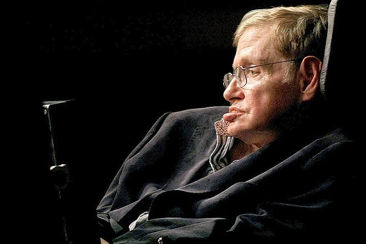Личные вещи Стивена Хокинга продали на аукционе более чем за $1,5 млн