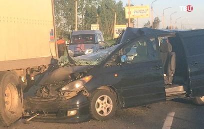 В результате ДТП в Тверской области пострадали шестеро детей