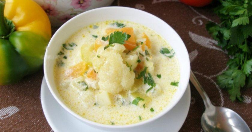 Суп из цветной капусты и кабачков