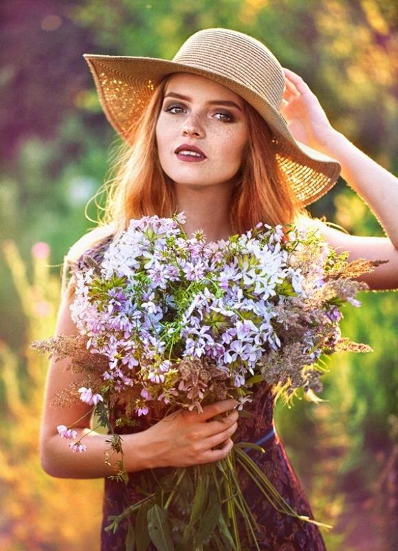Галерея  красивых девушек 346 фото