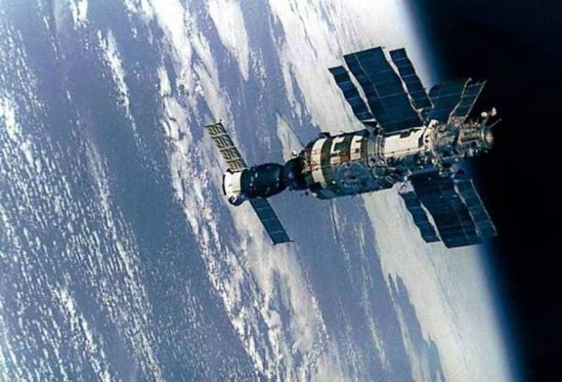 Космос - современная индустрия или большая тайна человечества?