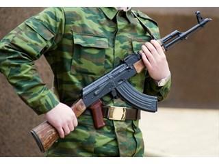 Нападение на часового напомнило об ущербности всей военной охраны