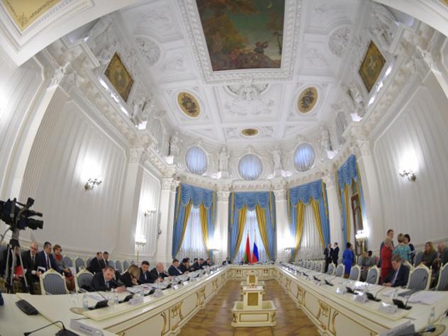 Путин поручил правительству найти деньги на поправки в пенсионной реформе