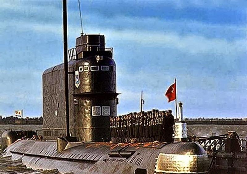 Проект Азориан. Подъем советской атомной подлодки К-129(21 фото)
