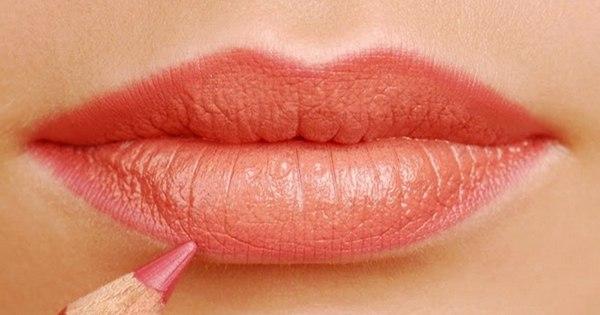 ТОП-10 ошибок в макияже, которые могут добавить тебе несколько лет.