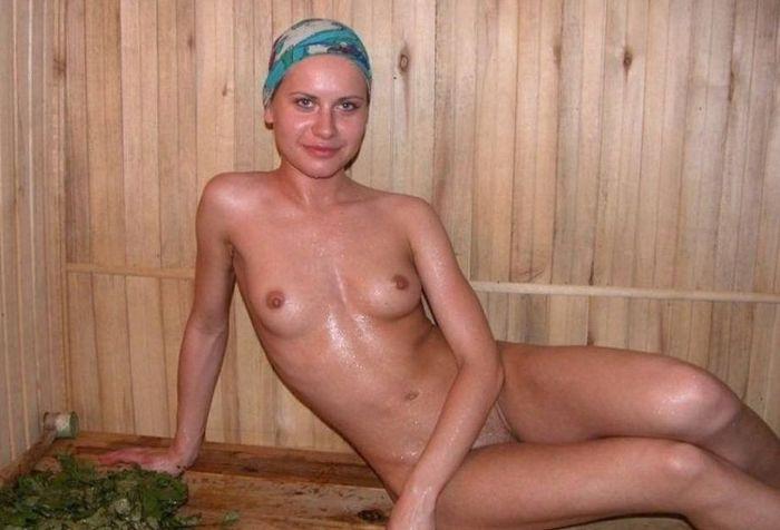 долго переписывались голые русские в бане просто жаждут молодых