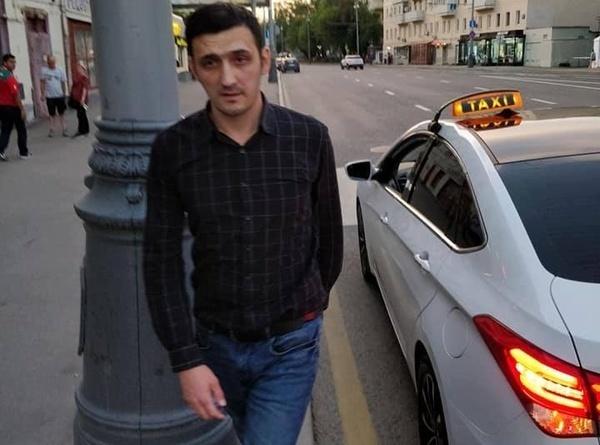 Москвич подрался с таксистом, который пытался обмануть болельщиков из Мексики