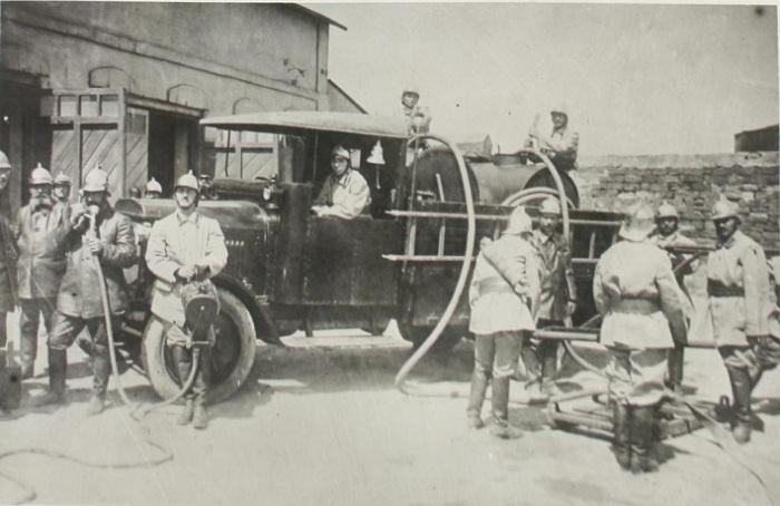 Оборудование по последнему слову техники, 1930 год.