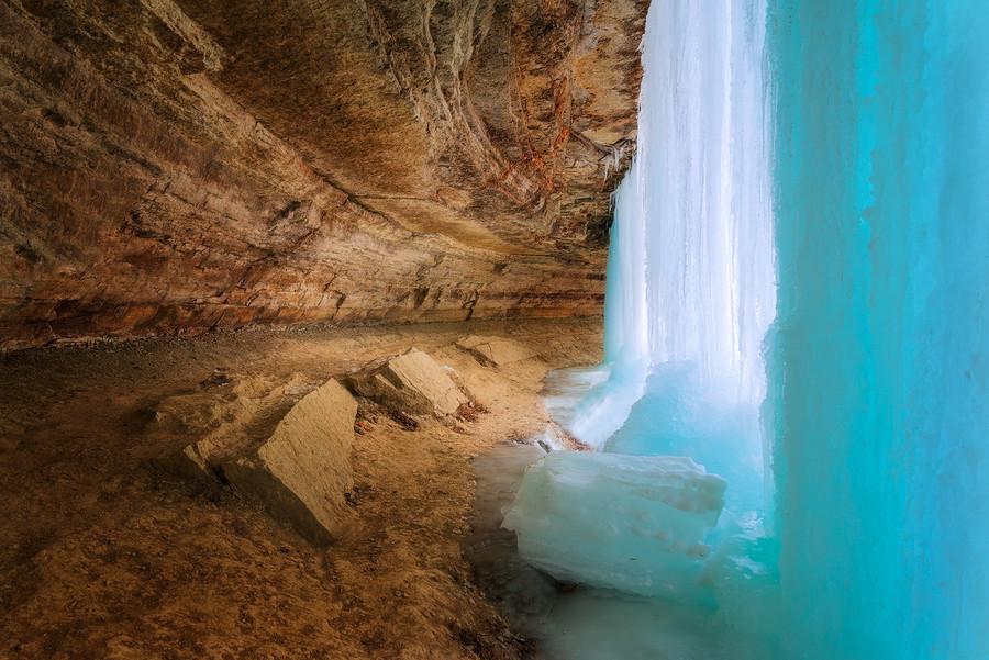 замороженные водопады