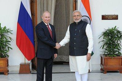 С Премьер-министром Индии Нарендрой Моди.