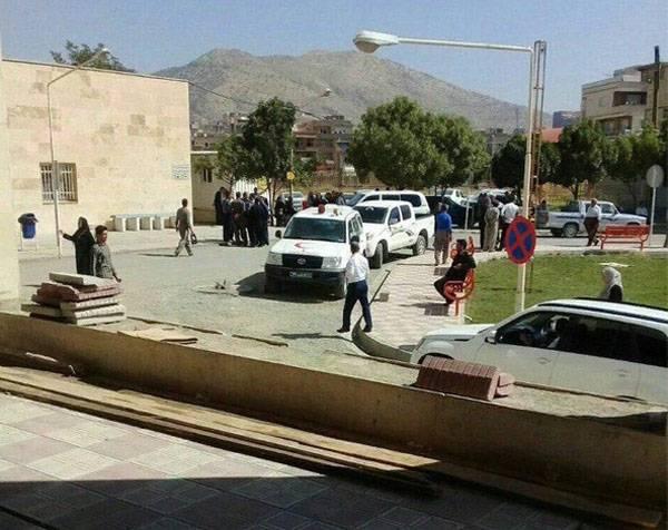 Террористы устроили бойню на Западе Ирана.  Не менее 11 погибших солдат и офицеров