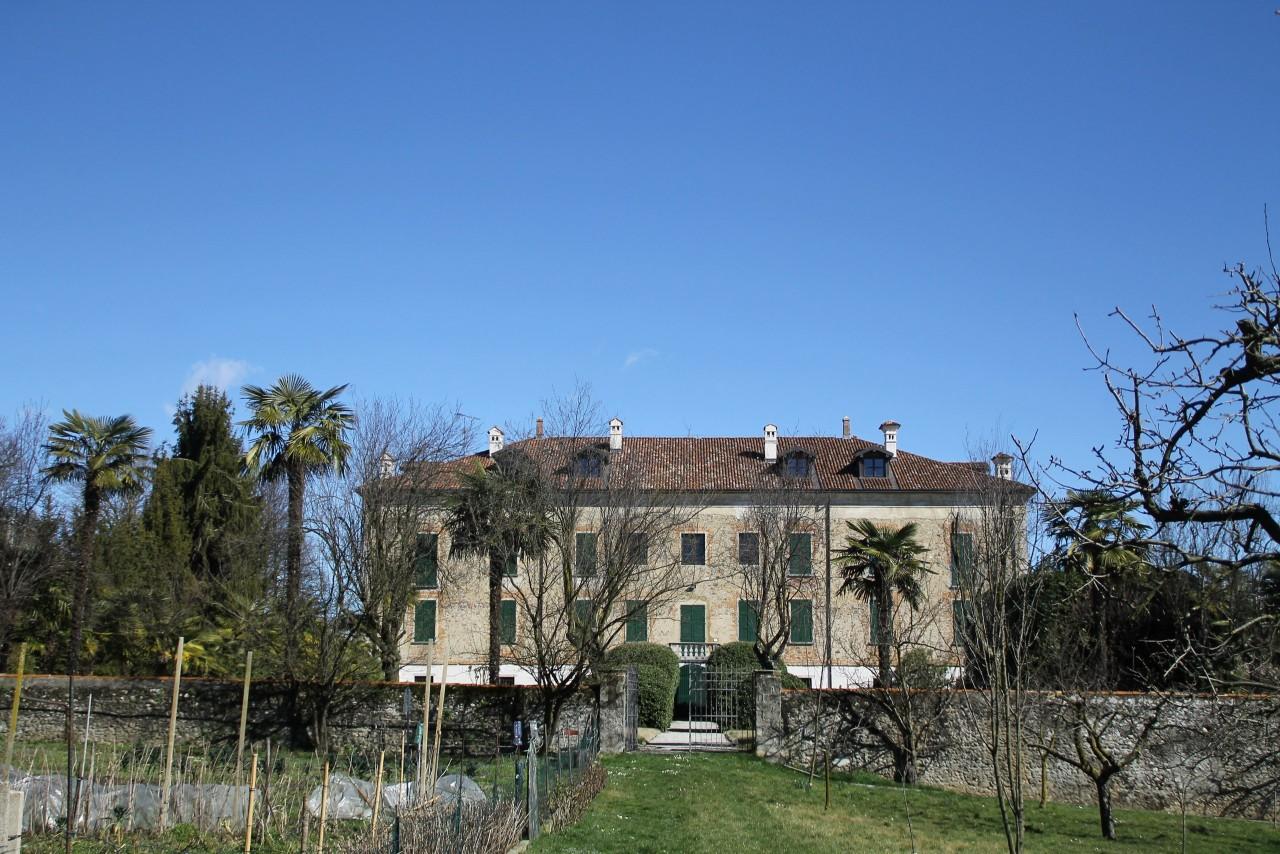 История итальянского поместья, в котором я жил