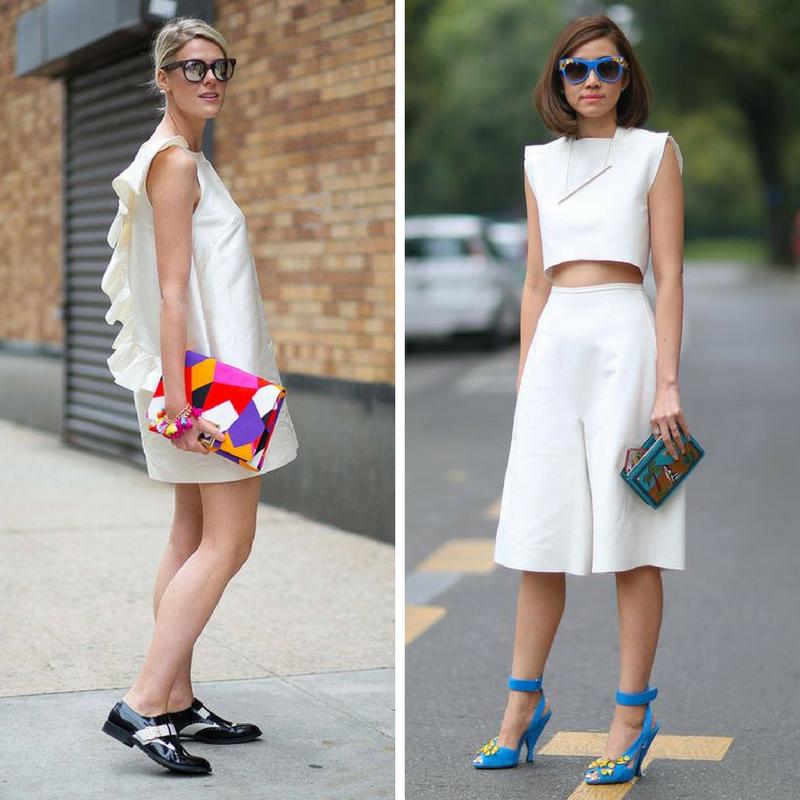 Девушки в белом и с яркими сумочками