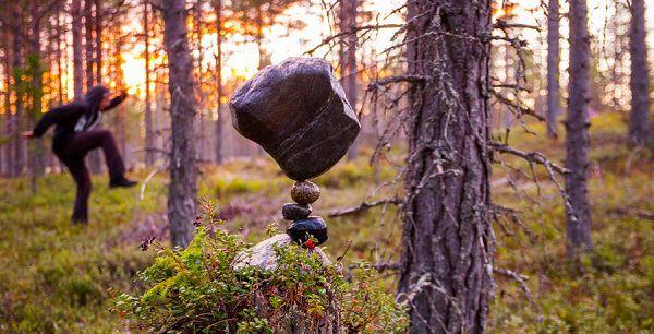 удивительный баланс камня