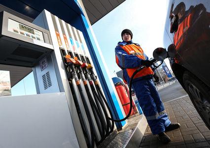 ФСБ обнаружила масштабные недоливы топлива на заправках
