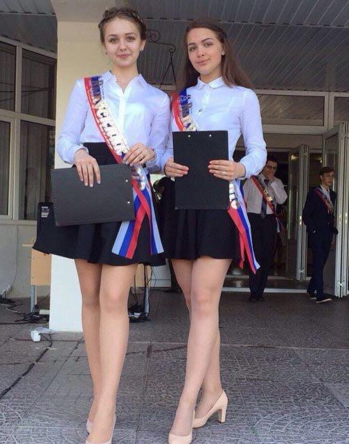 Девочки на выпускном дают порно фото 383-273