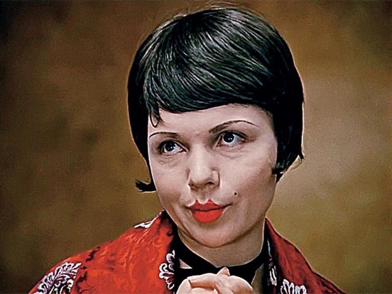 Валентина Теличкина и Олег Даль считали Леонида Гайдая легковесным режиссёром, однако, согласились сыграть в его комедии Гайдай, СССР, дом кино, кинематограф, кино, не может быть, факты, фильм