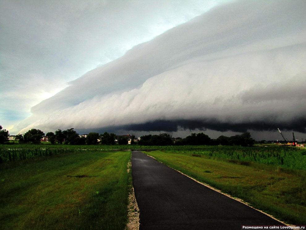 Выступающие облака