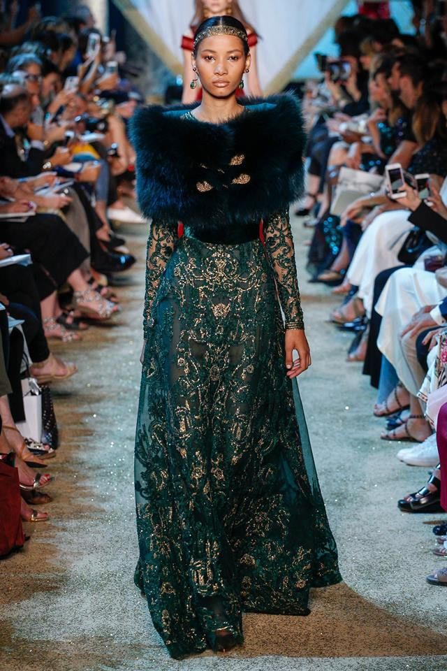 Новая Elie Saab Fall Winter 2017/18 Couture Collection: девичьи грезы