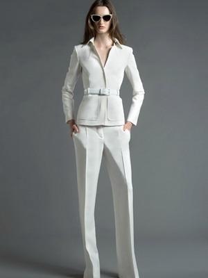 Модели летних женских костюмов