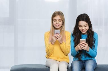 Вызовы и решения в воспитании детей в цифровую эпоху