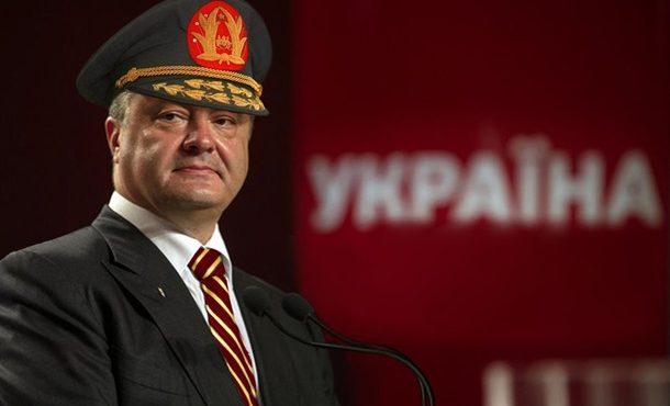 На Донбассе новый закон Порошенко назвали диктаторским. Олег Жданов уверен, что США благословили Киев на «освобождение» Донбасса