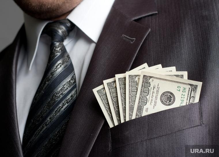В России насчитали почти 200 тысяч долларовых миллионеров