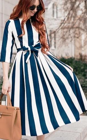 Дни становятся все теплее, а образов с платьями в модных блогах — все больше...