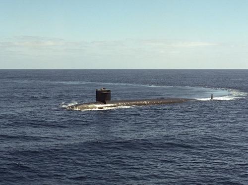 Две новейшие атомные подлодки, оснащенные ракетами, спущены на воду в США