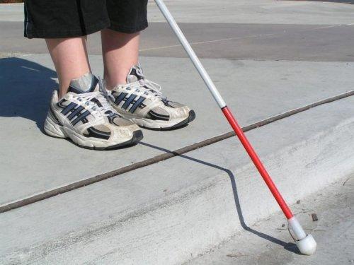Эта женщина 28 лет притворялась слепой, чтобы ни с кем не здороваться