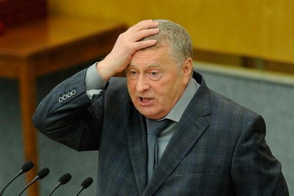 Жириновский встал на четвере…