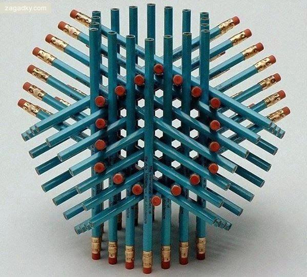 Загадка для людей с высоким IQ: сколько карандашей на картинке?