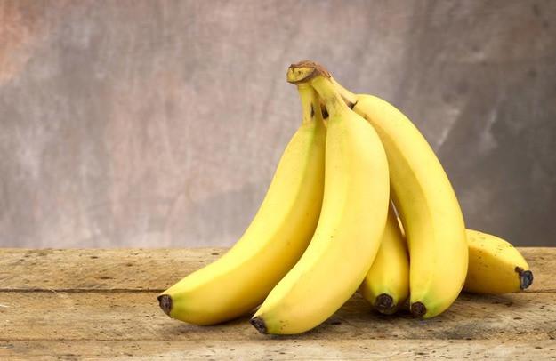 5 удивительных способов использования банановой кожуры для вашей кожи