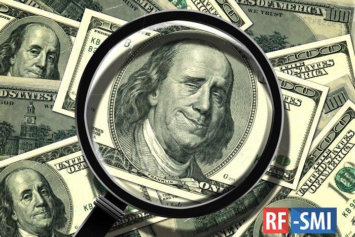 Россию буквально наводнили фальшивые доллары