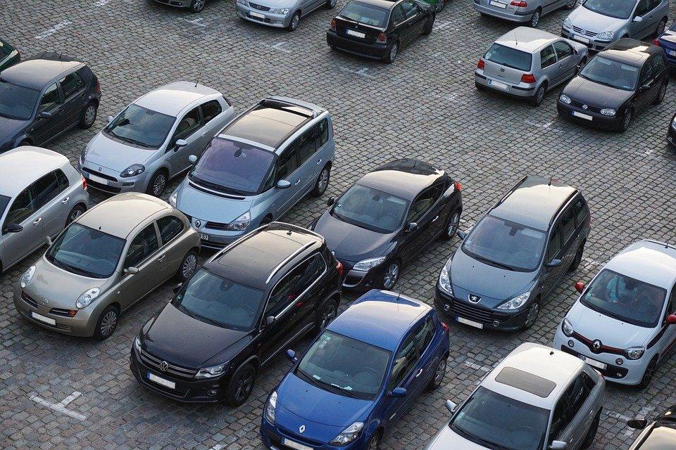 «Дорогое удовольствие»: москвичку оштрафовали за неправильную парковку на 320 тысяч рублей