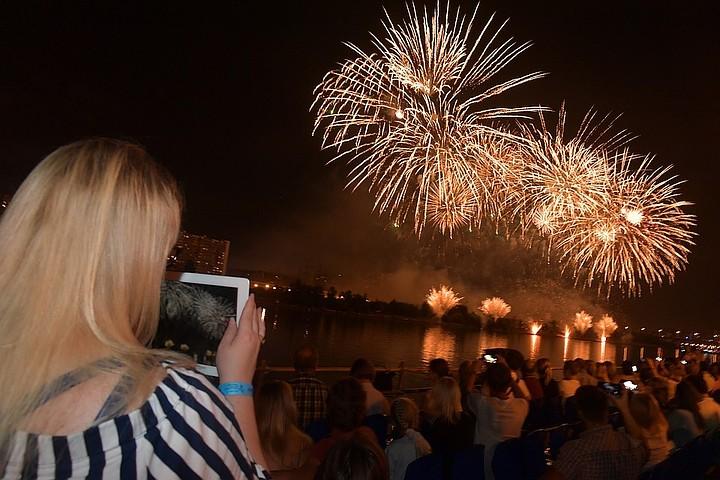 Фестиваль фейерверков пройдет в Братеевском парке