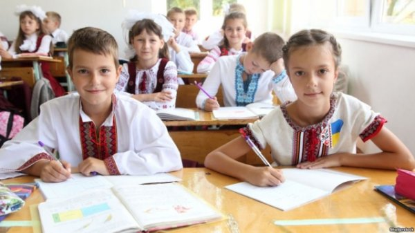 Украинское образование превратится в кузницу свинопасов и полицаев