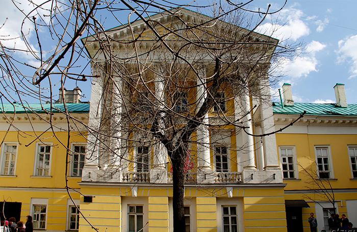 Мэрия Москвы продала часть старинной усадьбы на Мясницкой, где Грибоедов сочинял «Горе от ума»