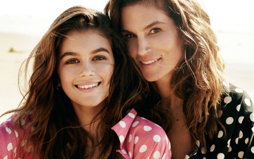Мать и дочь: две звезды мировых подиумов