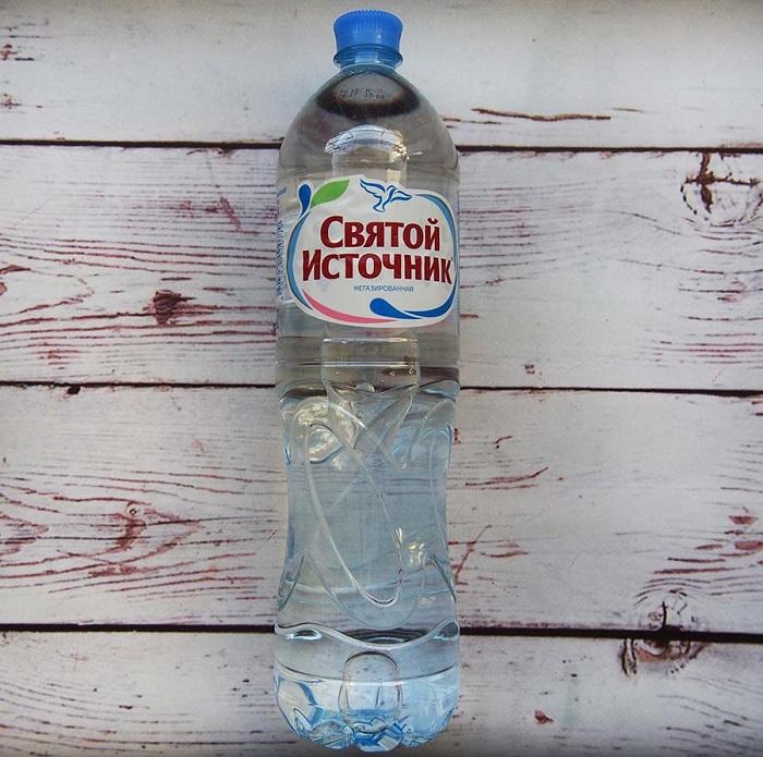 Вы сможете сэкономить, если будете брать воду из дома. / Фото: vedamagazin.ru