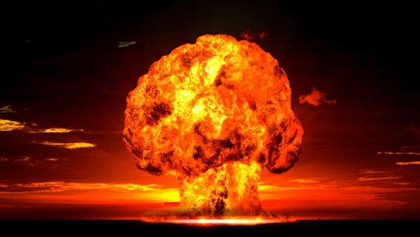 """Иностранцы о """"Царь - бомбе"""": «невероятно наблюдать, как взрываются 57 000 000 тонн тротила!»"""
