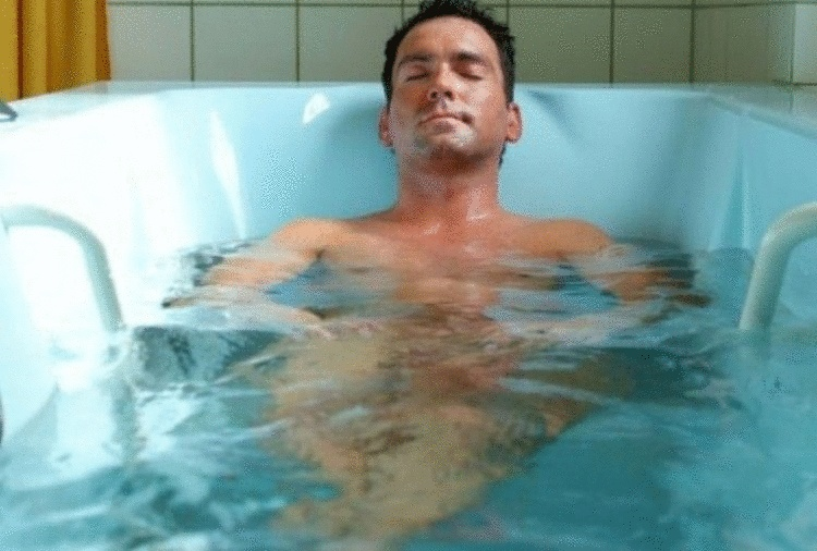 Горячая ванна дает эффект физических упражнений
