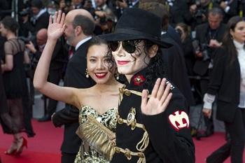 Ученые рассекретили тайну движений Майкла Джексона
