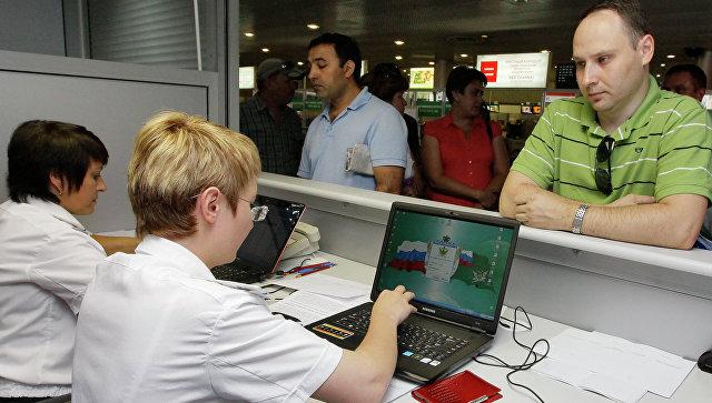 Госдума втрое увеличит порог задолженности для запрета на выезд за границу