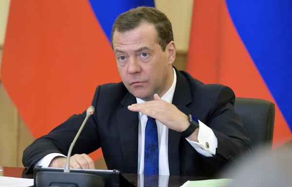 У Медведева спросили, почему…