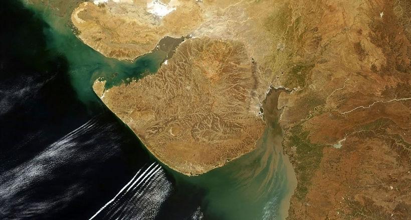 Картинки по запроÑу Подводный город у берегов Индии — руины древнейшей цивилизации на планете