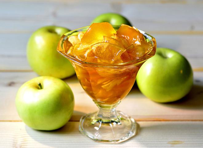 Янтарное варенье из яблок