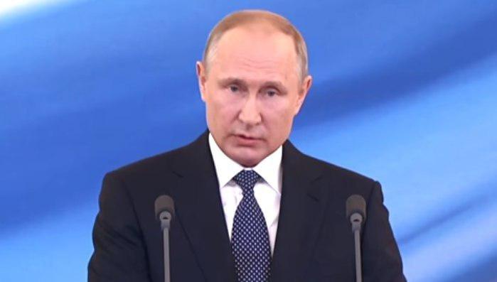 Путин объявил о новых назначениях на пост представителя РФ в СНГ и посла в Кувейте