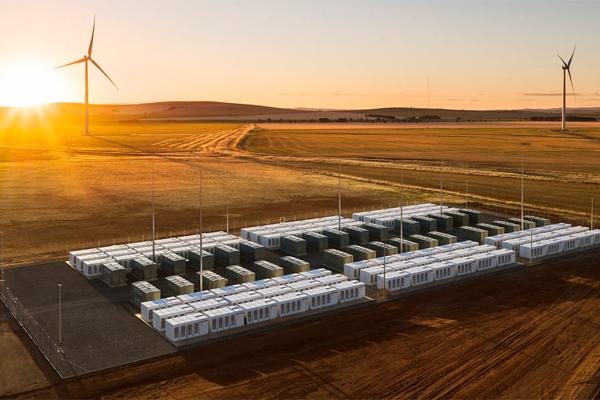 Батарейный комплекс Tesla потеснил газовую генерацию Австралии