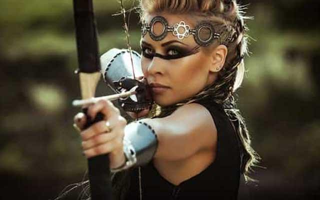 Самые опасные женщины в отношениях по знакам Зодиака